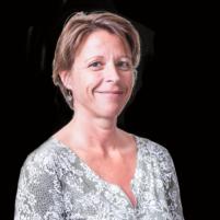 Dr Rouge Laure (web)